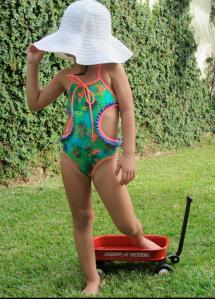 trikini niña